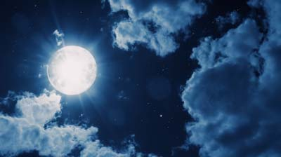 nightly-sky-with-large-moon_400x224